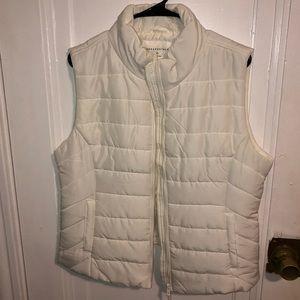 White vest with pockets - basically brand new
